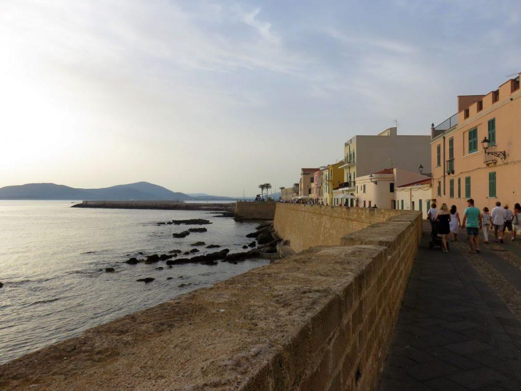 Stadtmauer in Alghero - Sardinien