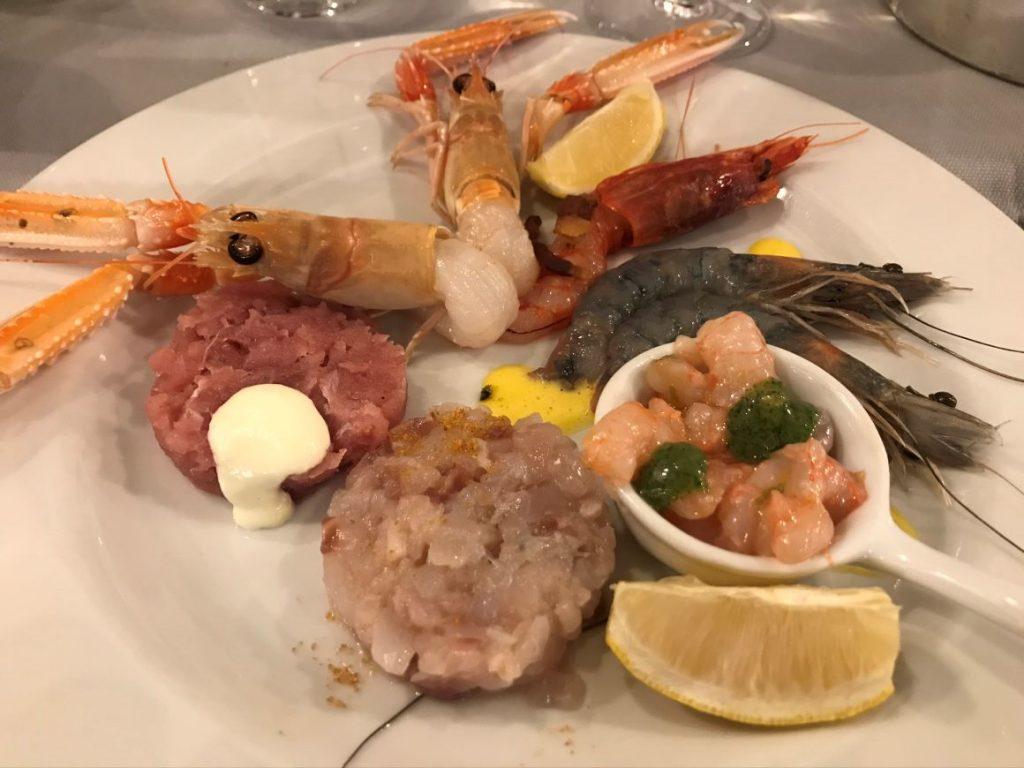 "Restaurant in Triest: ""Antipasto crudo"" von der Hosteria ai 3 Magnoni"
